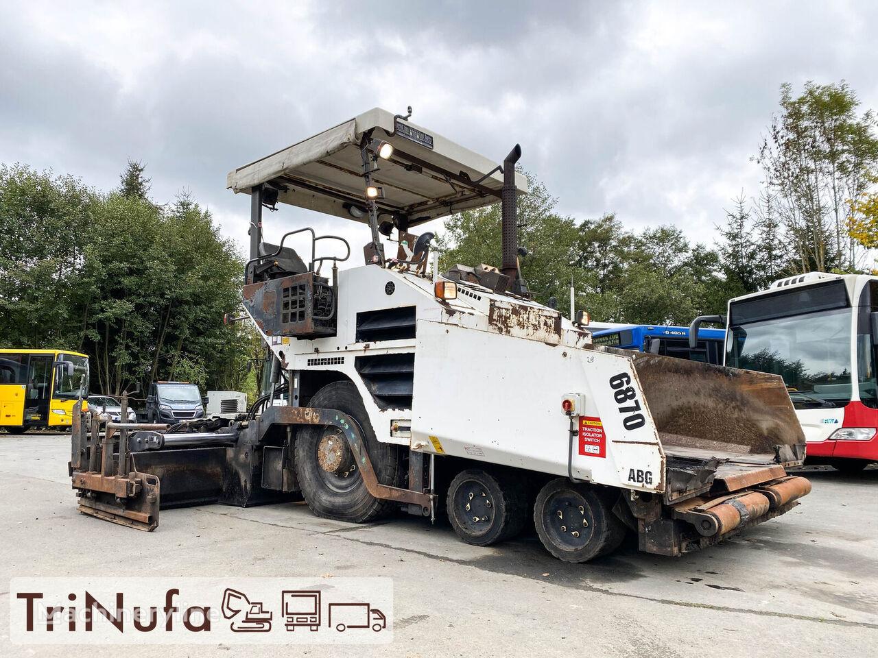 VOLVO 6870 ABG   Fertigungsbreite 5,3m    wheel asphalt paver